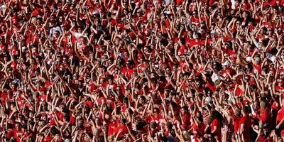 Students at University of Wisconsin football game